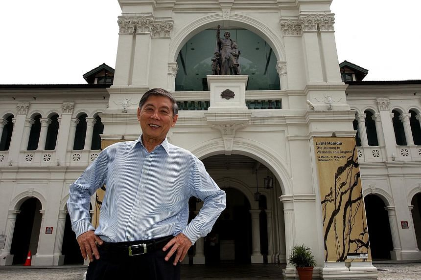 Dr Tan Eng Liang in front of the Singapore Art Museum in 2009. He wants more young sports leaders to step up and stay the course. ST FILE PHOTO
