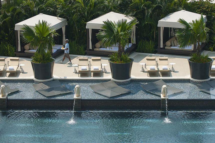 A swimming pool at the Mandarin Oriental Singapore.
