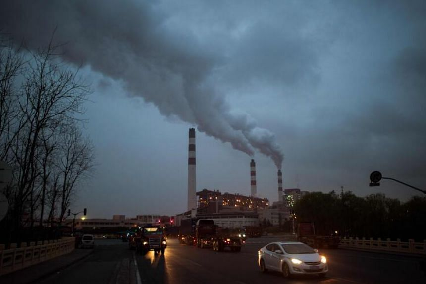 China's carbon emissions are projected to rise to 10.2 billion between 2025 and 2030.