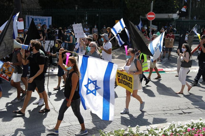 Anti-Netanyahu protesters demonstrating outside of the Knesset in Jerusalem, Israel, on Sept 29, 2020.