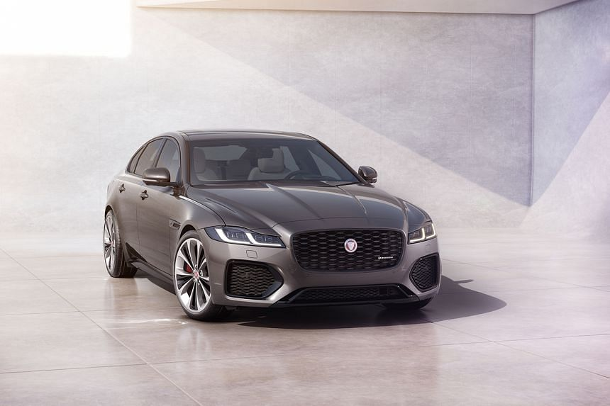 Facelifted Jaguar XF with new interior