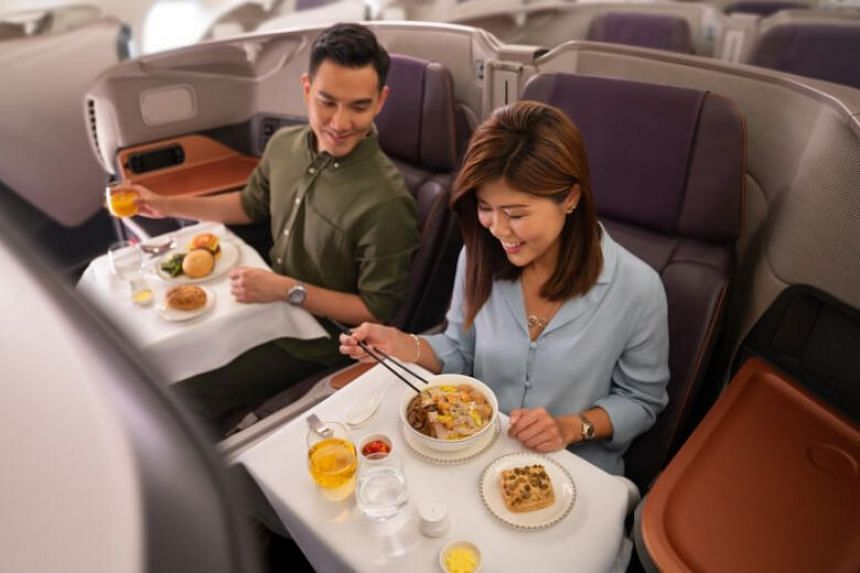 The three-hour lunch costs $50 in the economy cabin, $90 for those who wish to sit in the premium economy cabin, $300 for business class and $600 for the Suites.