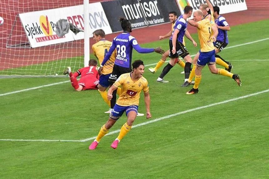Singapore striker Ikhsan Fandi scoring a goal for Jerv against his his former club Raufoss on Oct 10.