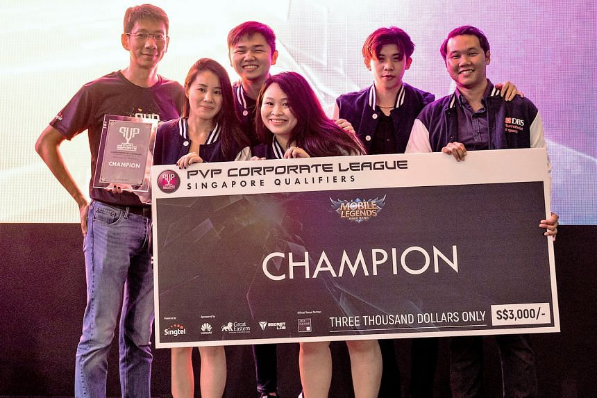 DBS' Team TurretHeist after winning the PVP Corporate League last year.