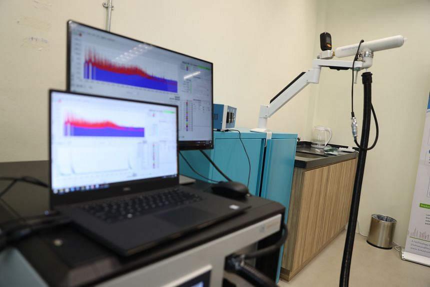 The test works by getting a person to blow into a disposable mouthpiece connected to a breath sampler. The exhaled breath is then collected and fed into a mass spectrometer for measurement. Machine learning software does the analysis and generates th