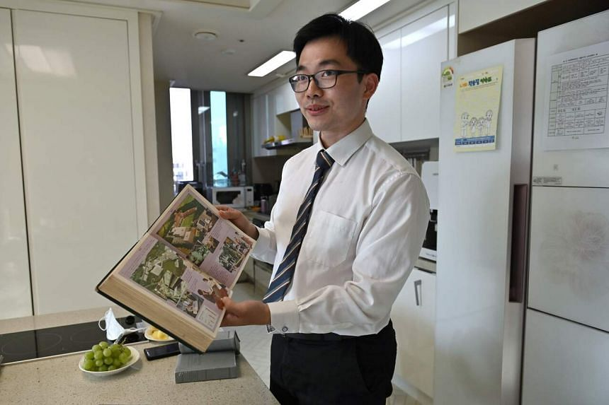 Jehovah's Witness Jang Kyung-jin will serve three years of duties as a correctional facility administrator.