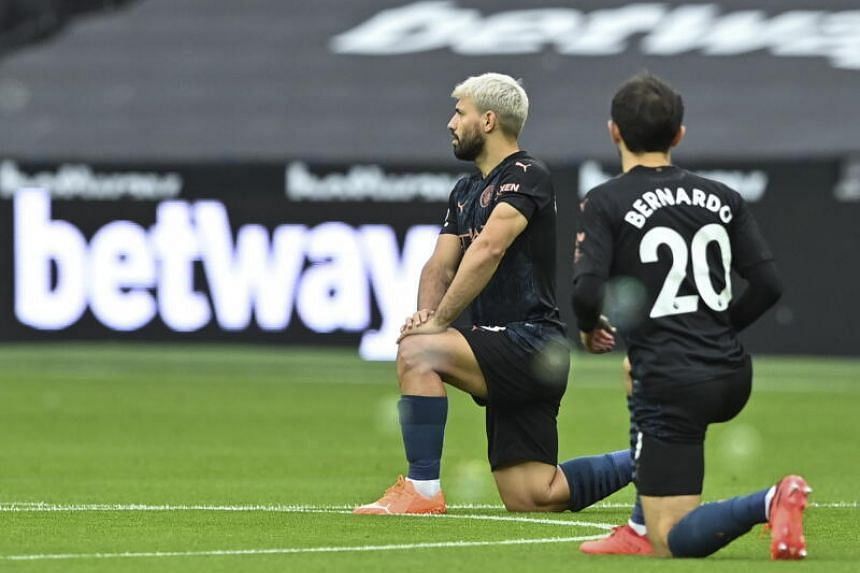Aguero hamstring injury adds to Man City woes