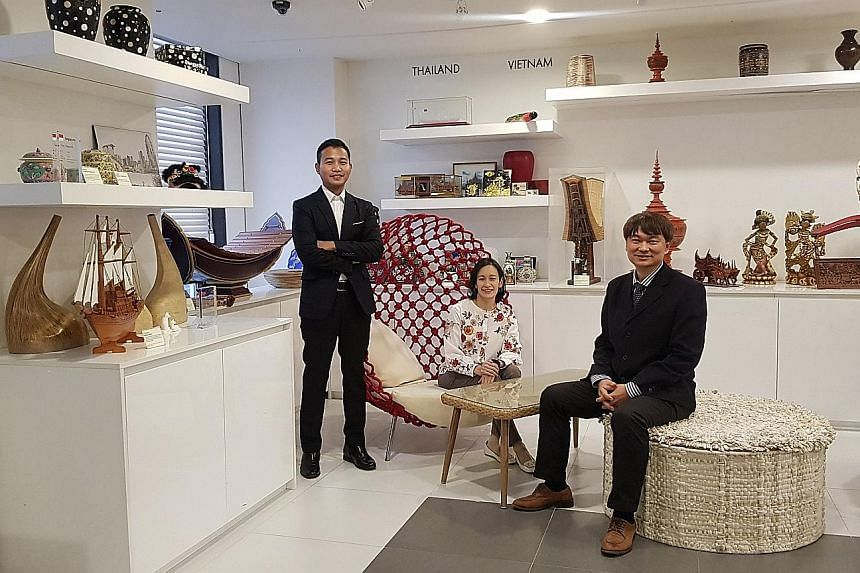 Filipino Joeffrey Calimag (left), Singaporean Diane Rozells and Thai Utai Uprasen are all members of the Council of Asean Professors in Korea, an advisory committee launched in August last year to promote grassroots-level exchanges and partnership be
