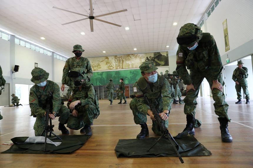 NSmen from 791 SIR undergoing IBOS training.