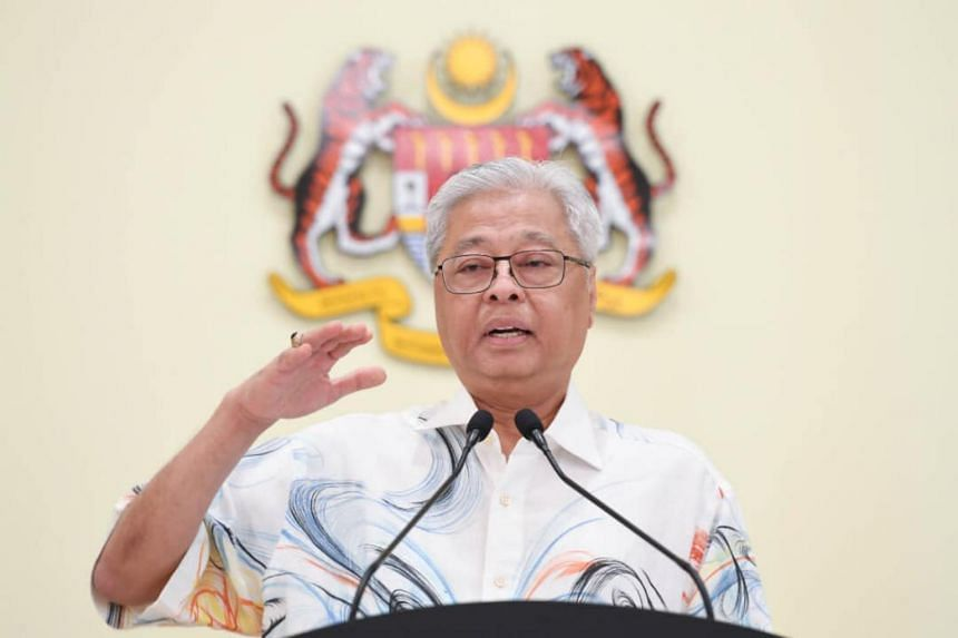 Senior Minister Ismail Sabri Yaakob said both the government and Election Commission did not have the authority to postpone the election.