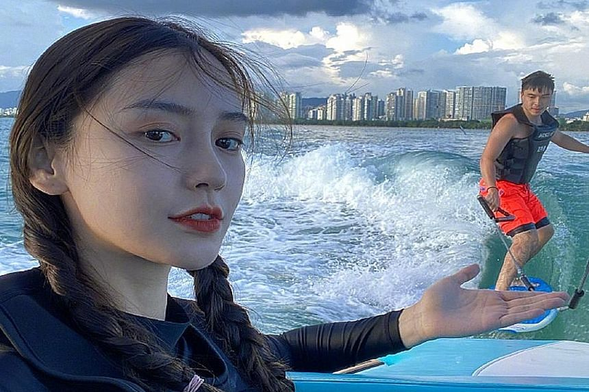SPLASHING GOOD TIME: Chinese model-actress Angelababy took a break from acting recently, when she went wakesurfing and then to a water theme park. In a video posted on Weibo on Thursday, the 31-year-old happily boarded a speedboat before she was seen