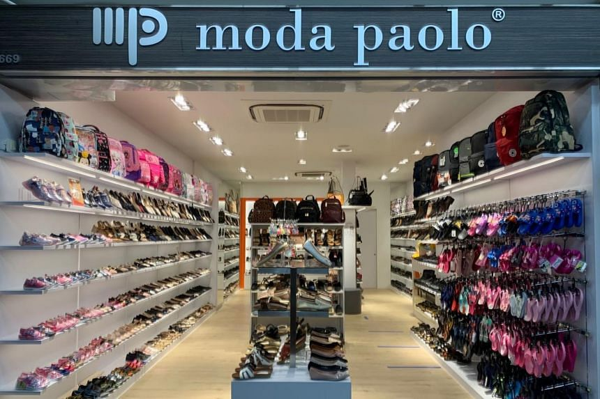 Home-grown footwear retailer Moda Paolo is opening two new outlets at shopping malls Jurong Point and Harbourfront Centre.