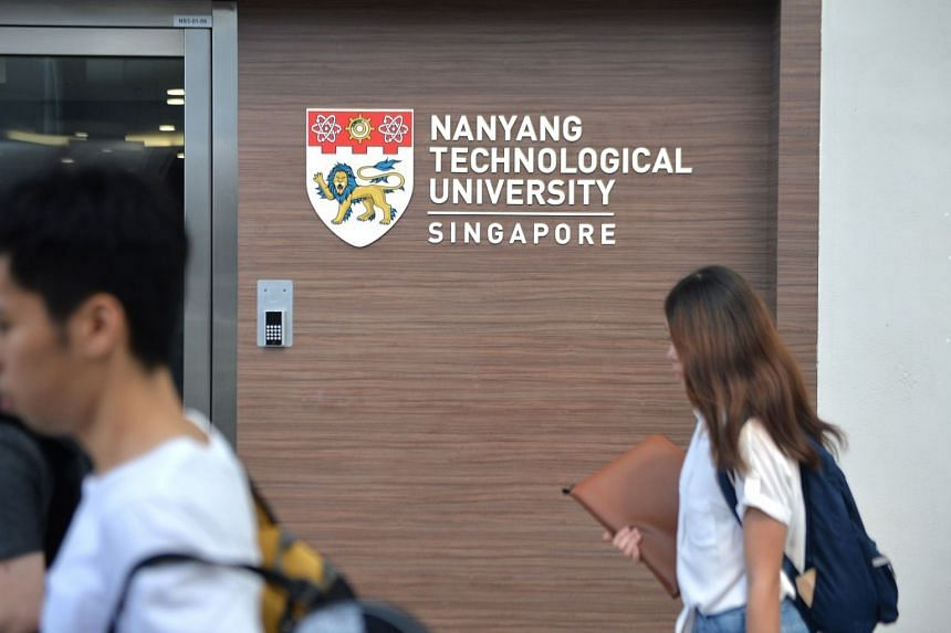 The survey polled 440 current students from NUS and NTU.