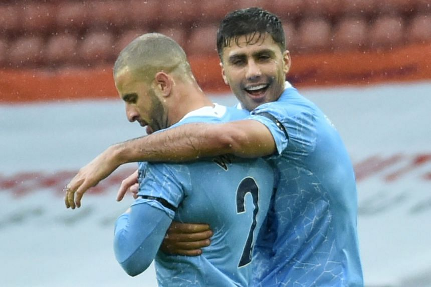 Walker strike gives Manchester City 1-0 win at Sheffield United