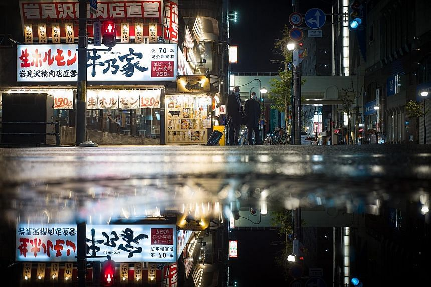 Night-time entertainment establishments in Japan's northern-most prefecture of Hokkaido have seen clusters of Covid-19 cases emerge. The spike is said to be related to cooler temperatures, with more people staying indoors, sometimes in poorly ventila