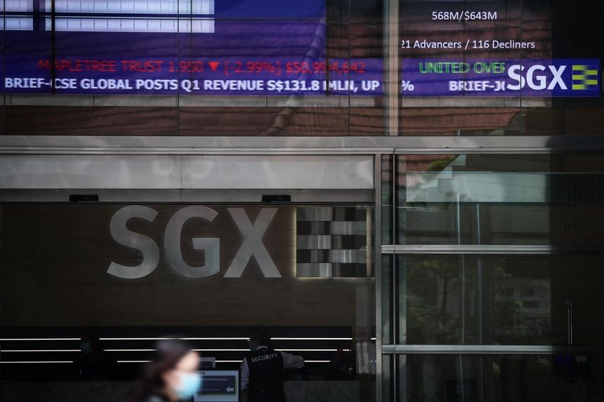 The benchmark Straits Times Index slipped 0.02 per cent or 0.51 points to 2,711.39.