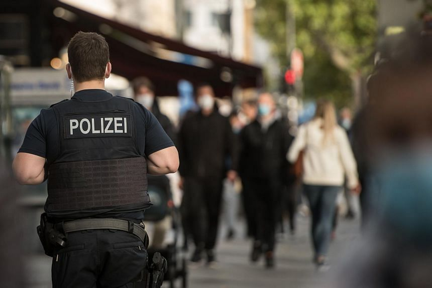 Germany has charged 11 gang members and one accomplice who planned to carry out armed attacks on mosques.