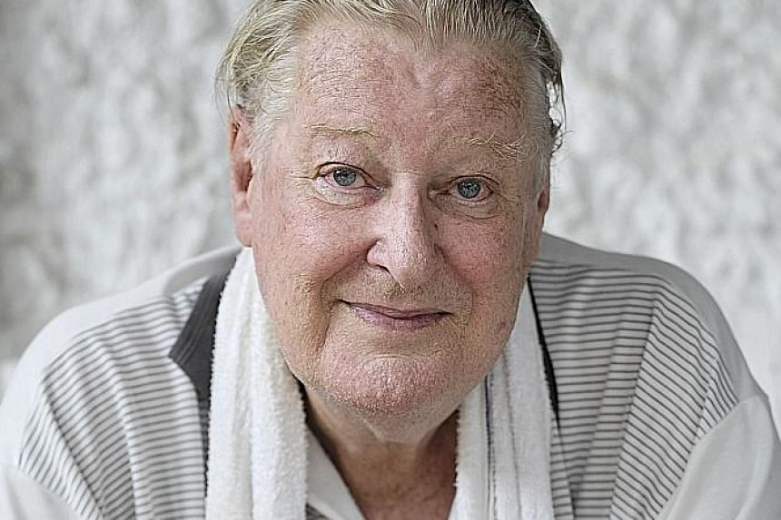 Professor Dennis Hugh Murphy died on Nov 7 at a nursing home in Singapore. He was 89.