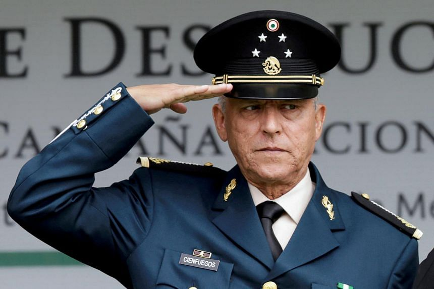 US authorities said General Salvador Cienfuegos had agreed to voluntarily return to Mexico if the US case against him was thrown out.