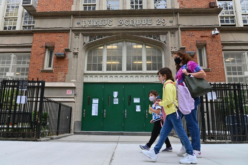 NYC schools to temporarily shutdown amid surge in COVID-19 cases: Mayor