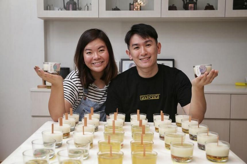 Celeste Ho and Jasper Tan with their candles by A-kyndle, on Nov 17, 2020.
