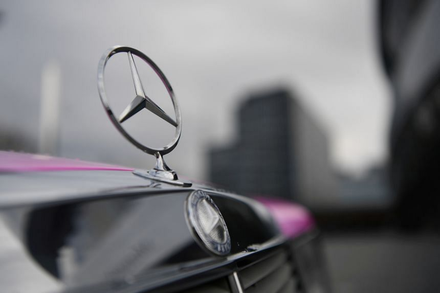 Mercedes-Benz has launched the Mercedes Me Connect e-concierge service here.