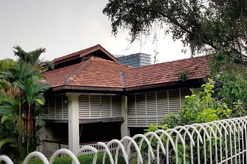 Mr Lee Kuan Yew's last will differed from his sixth and penultimate will in significant ways, including the distribution of his estate among his three children as well as the demolition of his house at 38 Oxley Road (left). ST FILE PHOTO