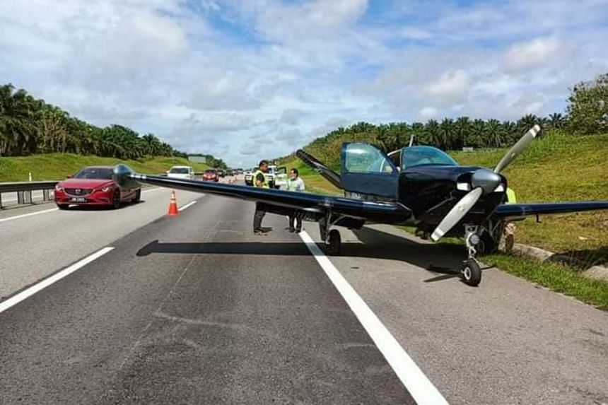 Pictures and videos circulating online show the plane parked on the road shoulder along the expressway.