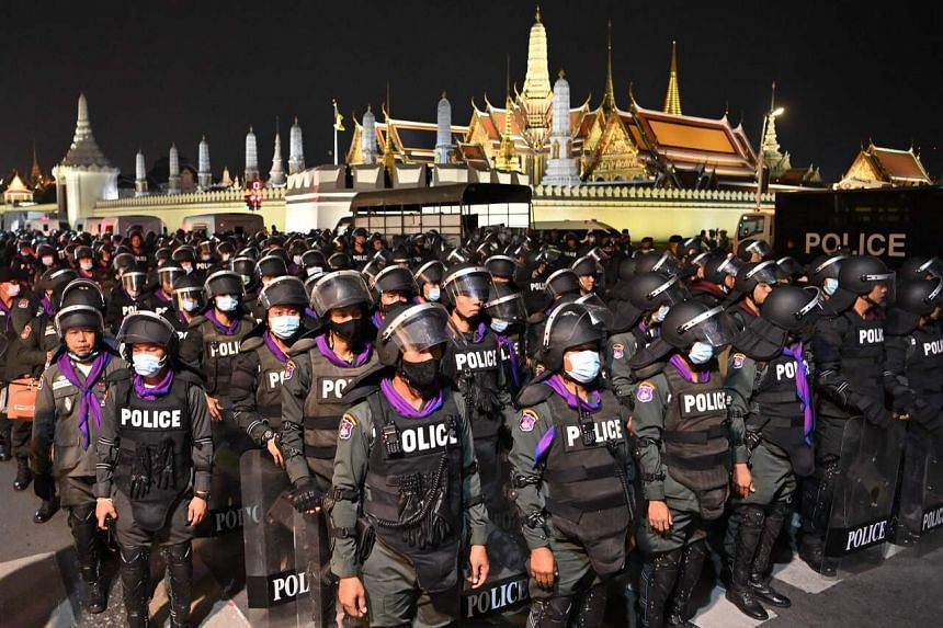 Thai pro-democracy leaders summoned over royal defamation