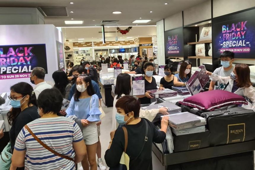 Shoppers during the Takashimaya Black Friday sale on Nov 27, 2020.