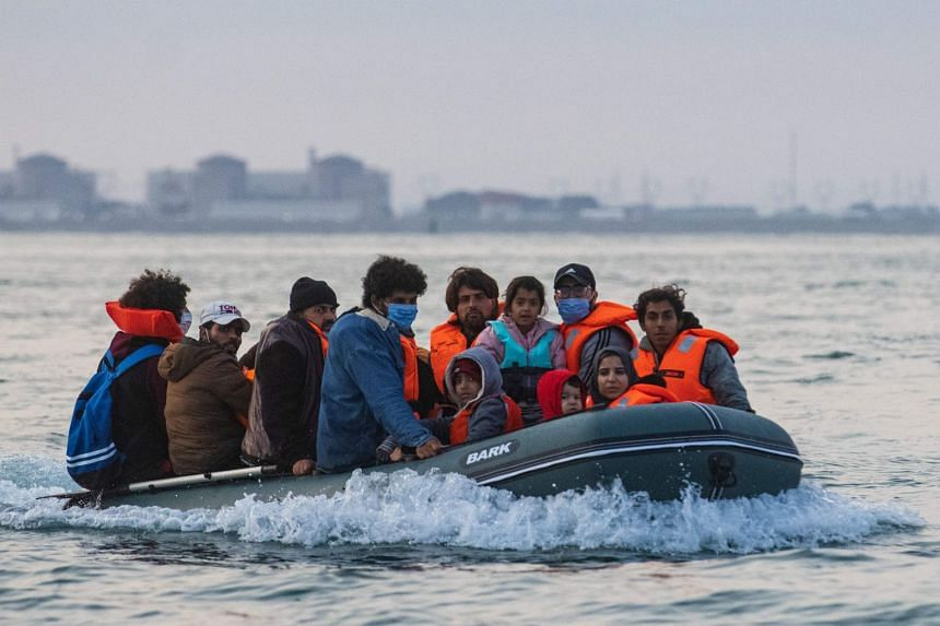 UK, France Sign Agreement to Better Tackle Illegal Migration Via English Channel