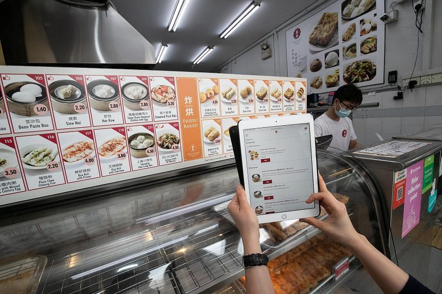 Swee Choon Tim Sum Restaurant turned to online sales and continued to serve customers using food delivery services when Covid-19 hit, to minimise its losses from dine-in sales.