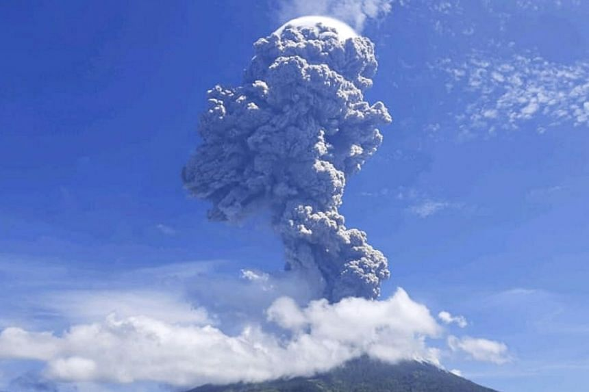 The crater's last major eruption was in 2017.