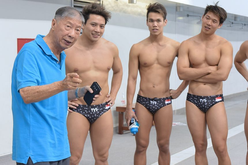 Tan Eng Bock visits the Singapore men's water polo team preparing for the Asian Games in August 2018.