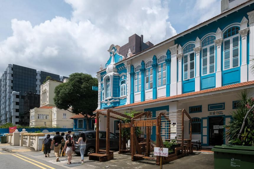 The tour begins at The Theatre Practice, which occupies a stretch of old shophouses along Waterloo Street.