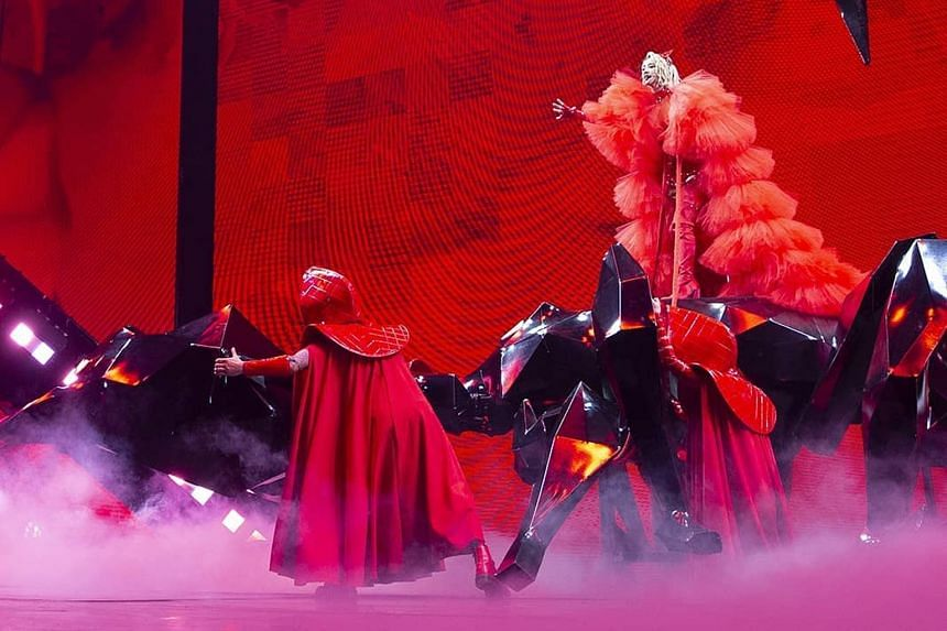 Jolin Tsai's Kaohsiung leg of the Ugly Beauty World Tour kicked off on Nov 20, 2020.