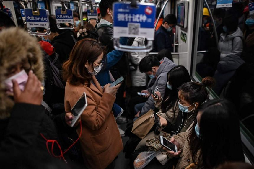 Passengers may not play music or videos on speakers of their digital devices or make hands-free mobile phone calls in the subway cars.