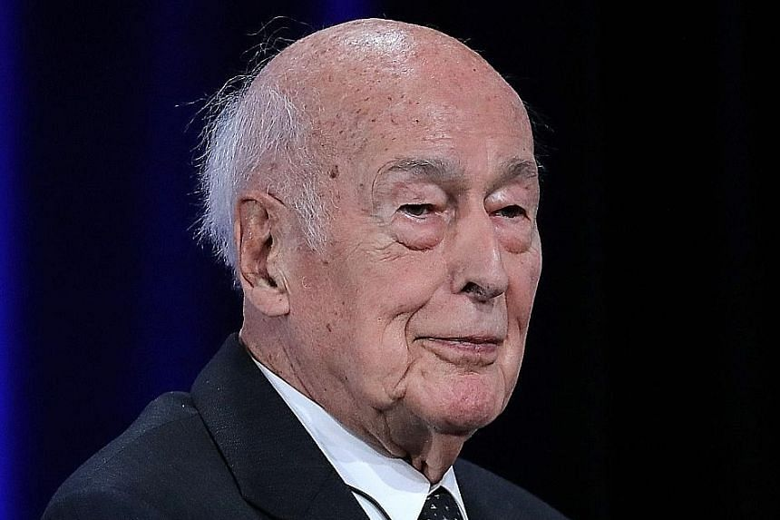 Former French president Giscard d`Estaing dies of Covid complications