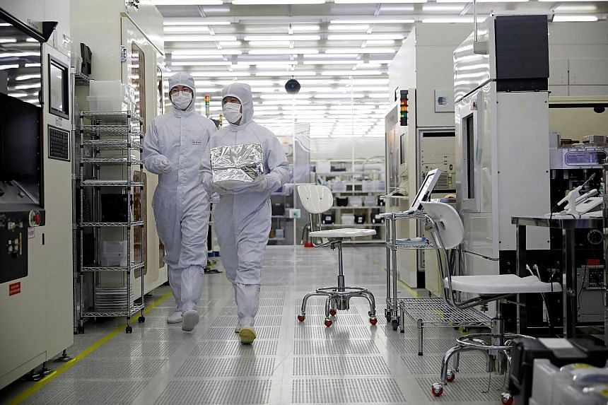 """A nanofab centre in South Korea. In this world of """"techno-nationalism"""", the contest between countries is increasingly fought over technology, data and innovation, says the writer. Businesses should continue to plan for a significant degree of disrupt"""