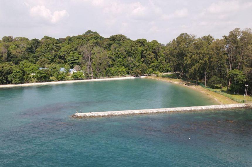 Bendera Bay's name was inspired by Pulau Sekijang Bendera, the indigenous Malay name for St John's Island.