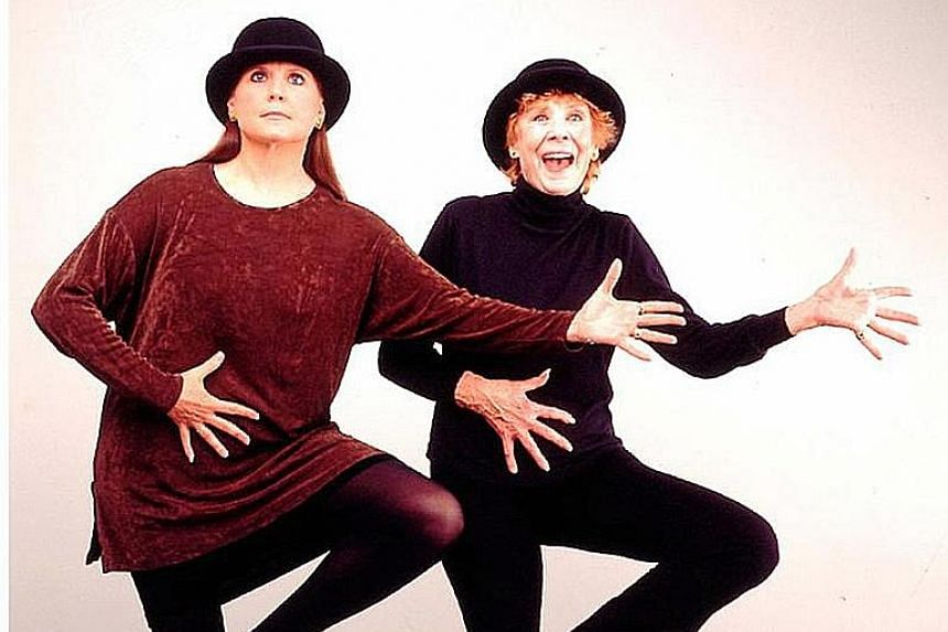 Ann Reinking (far left) and Gwen Verdon (left) rehearsing for Fosse: A Celebration In Life And Dance in New York in 1998.