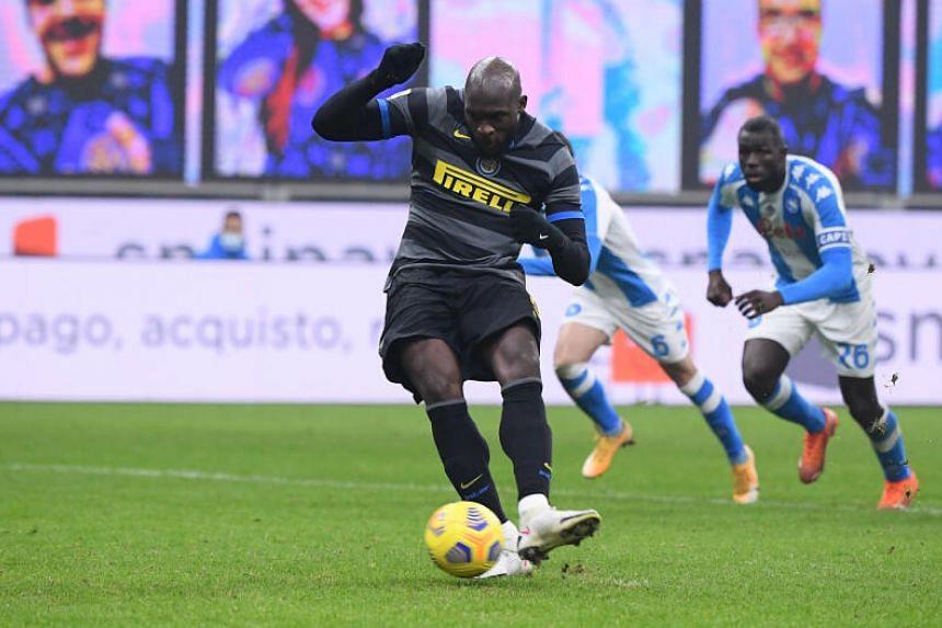 Inter Milan's Romelu Lukaku scores a goal from the penalty spot on Dec 16, 2020.