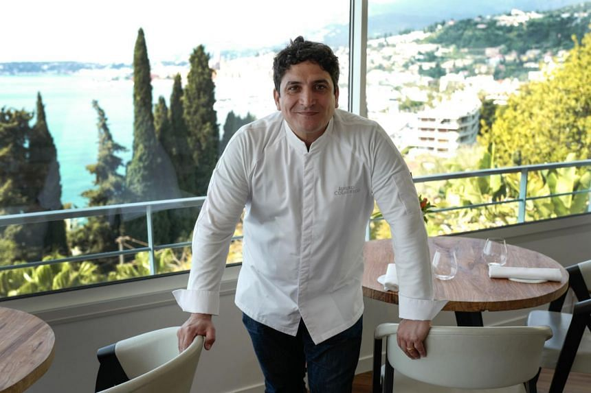 Argentinian chef Mauro Colagreco will open his first overseas outlet of his hamburger chain Carne in Singapore in Feb 2021.