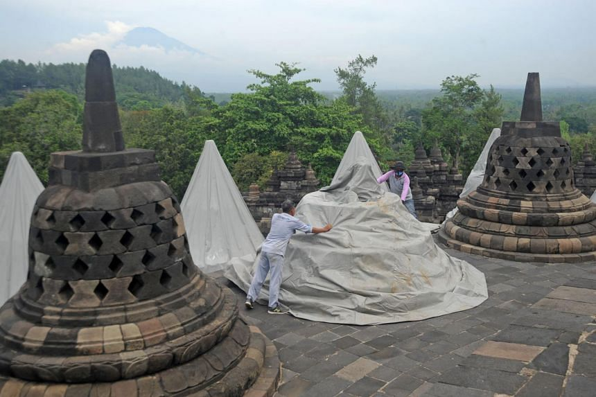 People flocking to the Borobudur Temple in Magelang from Dec 23 to 31 will be screened.