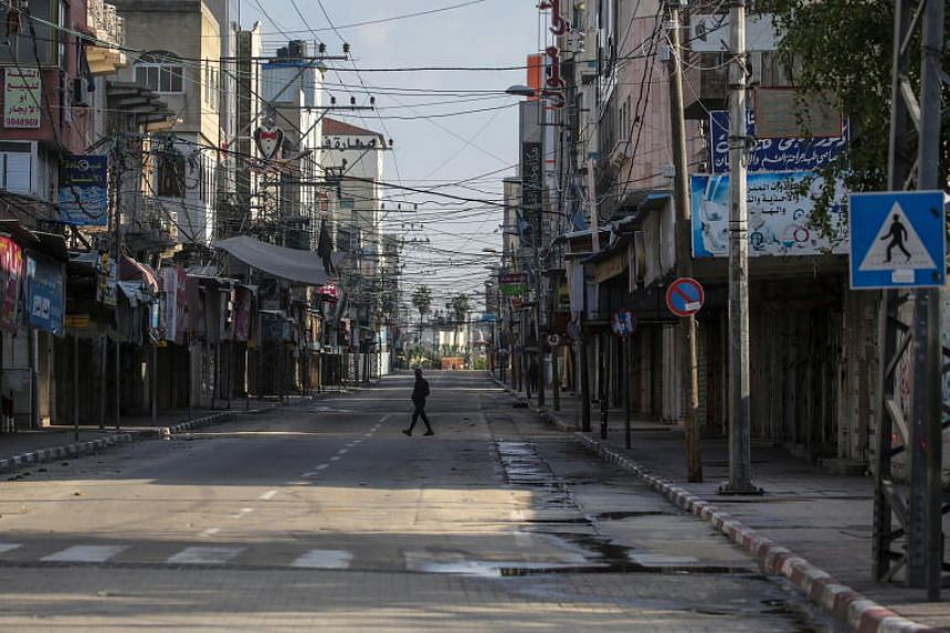 Israelis will be barred from travelling more than 1km from their homes and businesses will be closed except for deliveries.