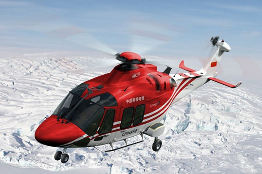 A helicopter helps in the medical evacuation of an Australian expeditioner in Antarctica, in an operation which involved Australia, China and the US.