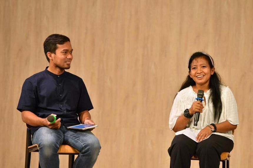 Panellists Mohamad Syakirin Ahmad (left) and Aminiyati Marthyn speaking at 2020 Reflections: Voices of our Migrants, on Dec 27, 2020.
