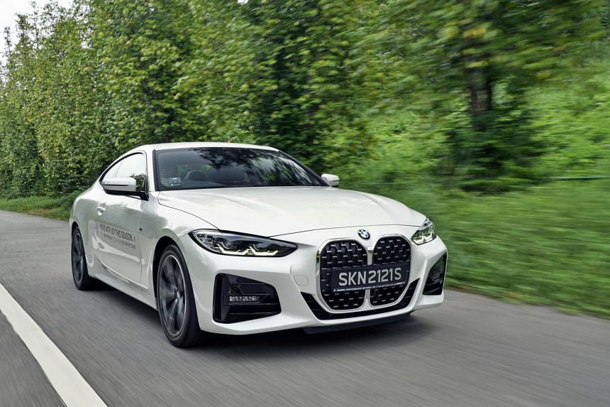 BMW's new 420i is a beautiful car with graceful proportions that stand out.