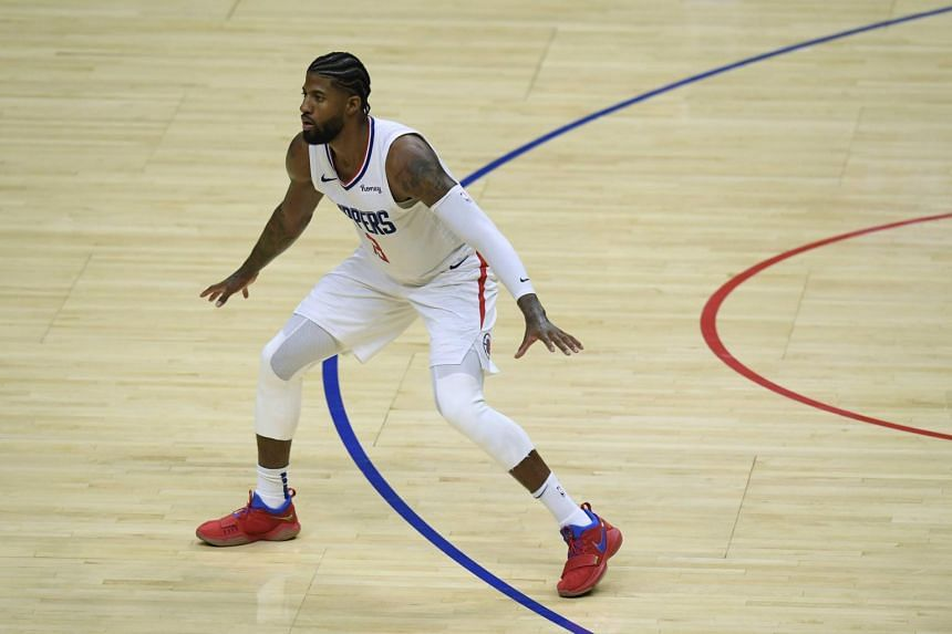 Paul George hit a three-pointer at the end of the first quarter to give the Clippers a 37-24 lead.