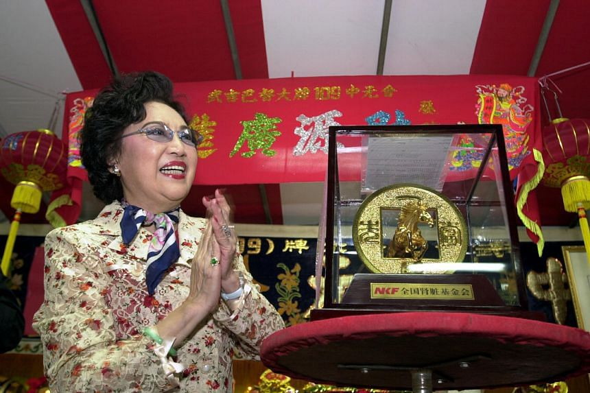 Lee Heung Kam in Singapore in 2001, when she was here to raise funds for the National Kidney Foundation's Charity Campaign.